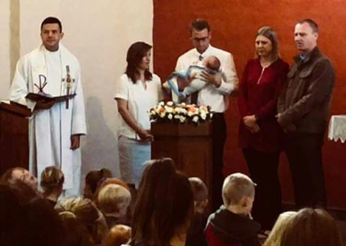 Tobias Conrad Johannes Getauft 13/5/2018 Geboren 20/03/2018